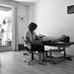 Séance d'ostéopathie au cabinet pour douleurs bras